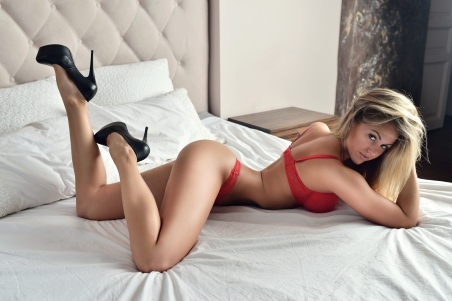 Sexy girl wallpaper vol.2 (2)