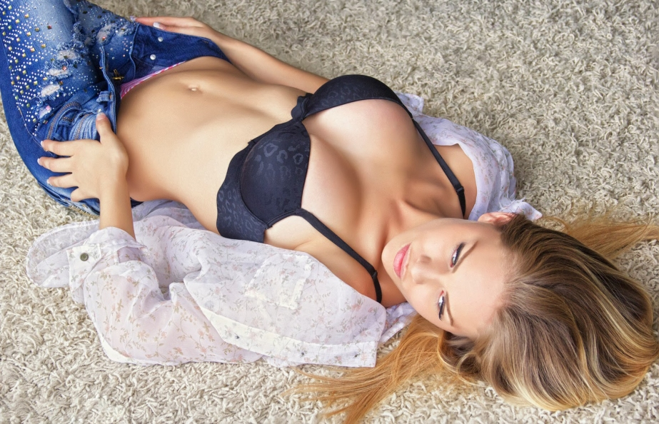 Sexy girl wallpaper vol.6 (11)